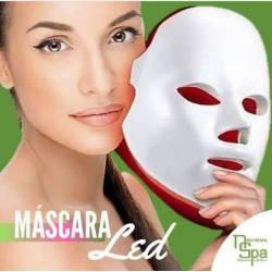 Limpieza de Cutis con Máscara LED